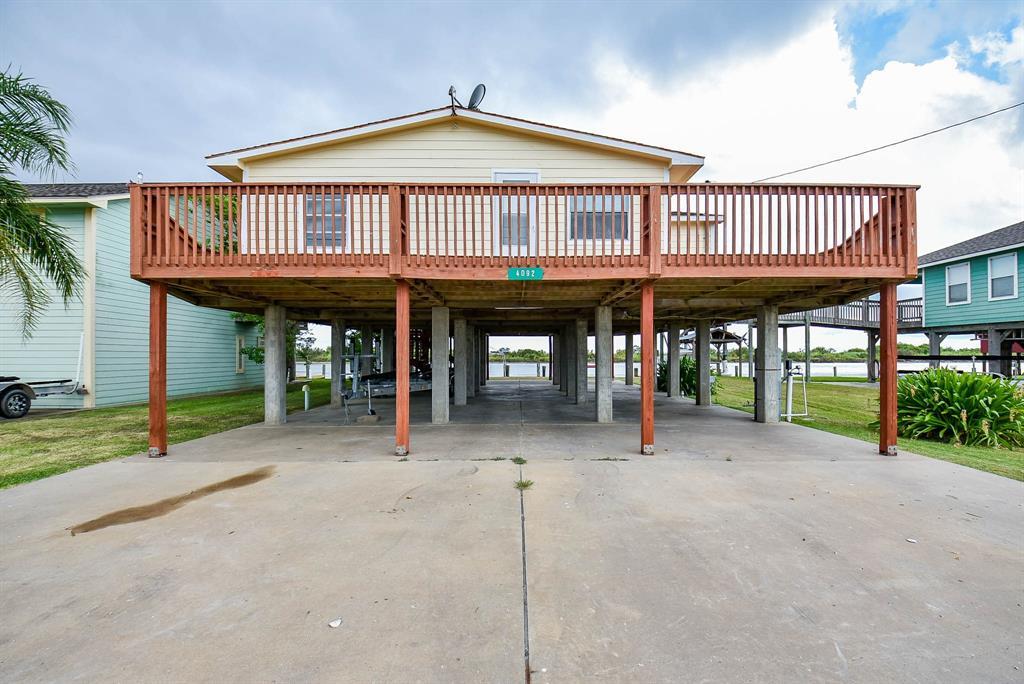 4092 Fm 2031 Beach Road, Matagorda, TX 77457