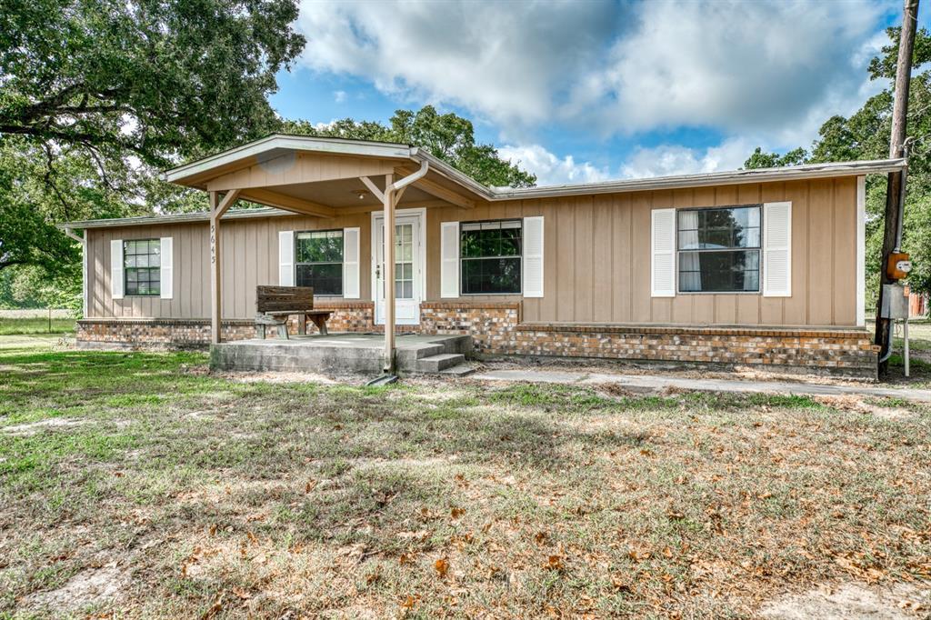 5645 Busa Rd, North Zulch, TX 77872