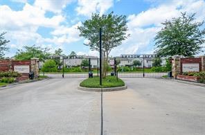 10002 Hillside Bayou Drive, Houston, TX 77080