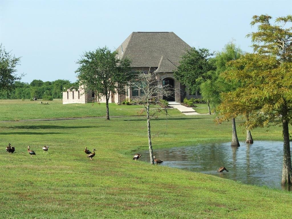7716 Pond Circle, Beaumont, TX 77707
