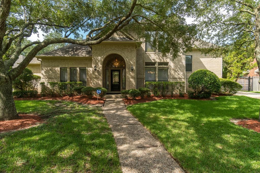 14214 Ridgewood Lake Court, Houston, TX 77062