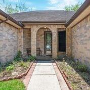 10908 Mulberry Court, La Porte, TX 77571