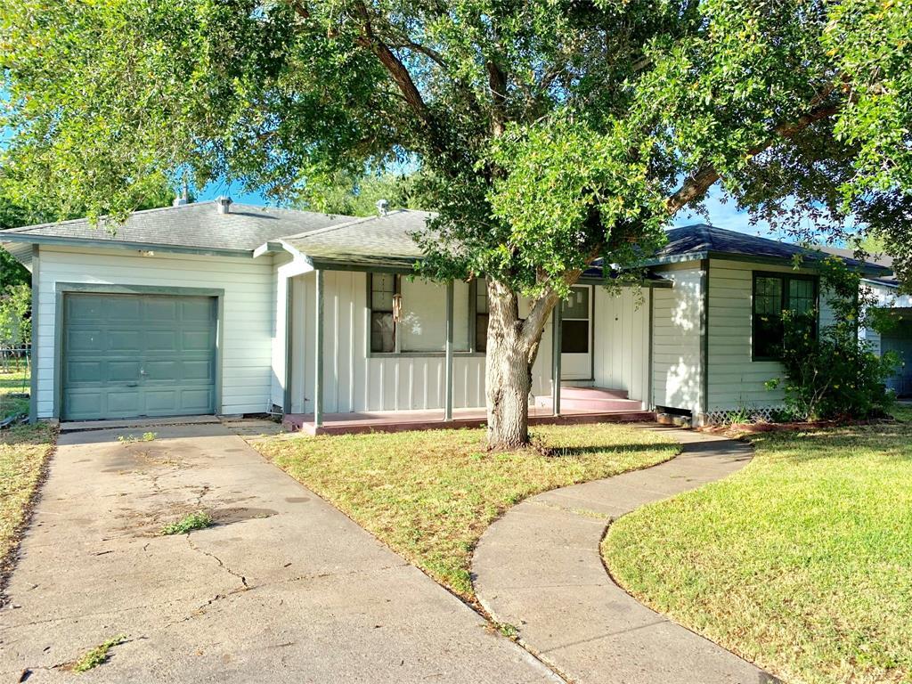 507 E 9th Street, Bishop, TX 78343