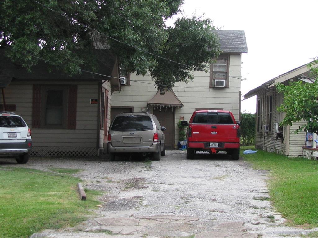 2010 Romans Street, Houston, TX 77012