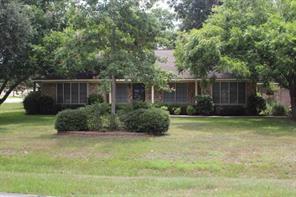 2405 richard street, rosenberg, TX 77471