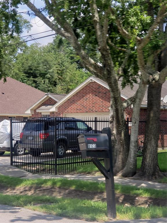 8125 Tidwell Road, Houston, TX 77028