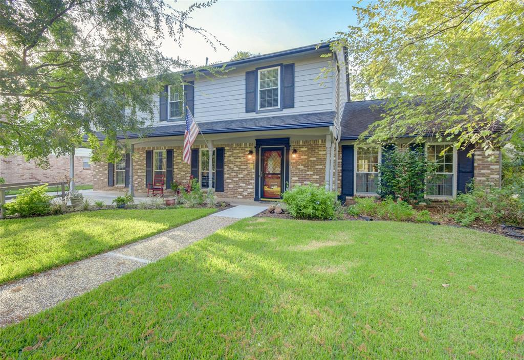 1418 Saddlecreek Drive, Houston, TX 77090