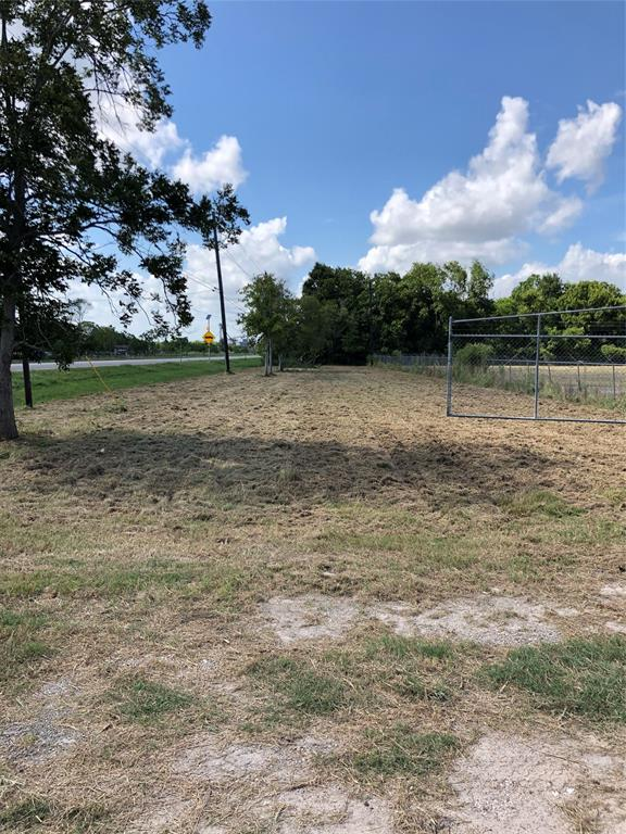 Location!Location! 20.3 Acres on FM 521 in Rosharon. With 375' Road Frontage on FM 521 and 360' on 3rd Ave. Cleared and build ready with the front half of the property Stabilized Base Material. High Security Fencing. Electricity and Water Available. Unrestricted.