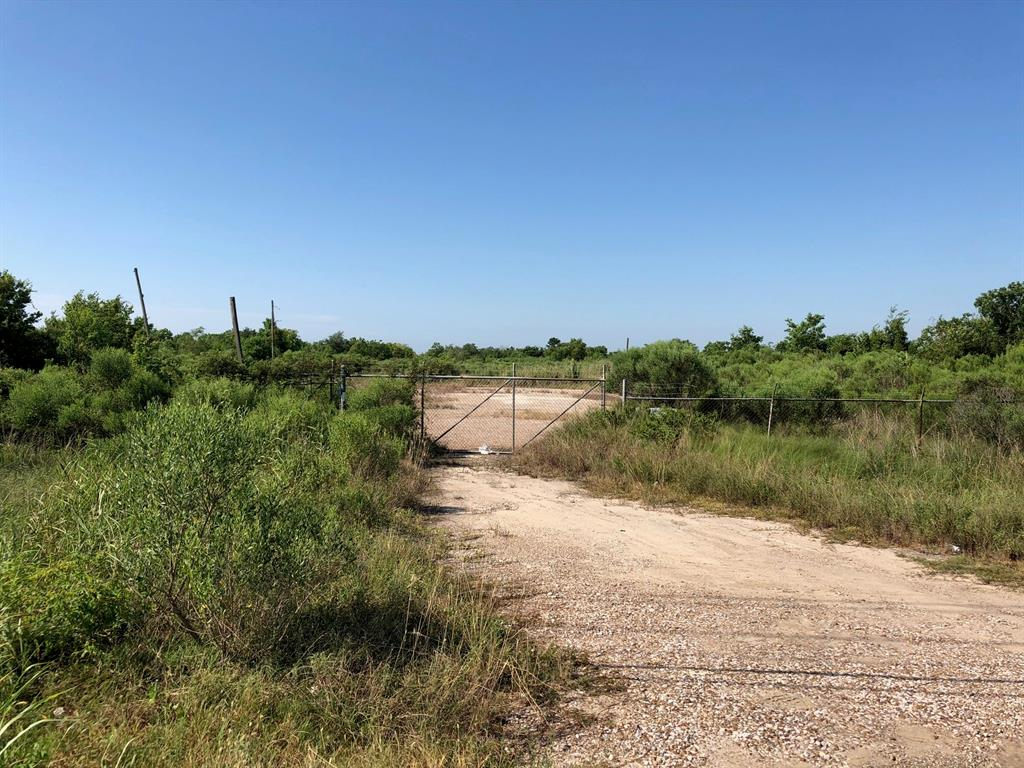 Over 31.4 acres offered for sale on mixed use land and ready to be developed! This property is made up of 6 parcels (510786, 508147, 510458, 169346, 290387, 381349) with 1250' of frontage on HWY 6 and over 2000' of frontage on the back of property off MLK and N. Railroad Ave. Electrical connections are available at the road and property would be ideal for a commercial business or home. Property is located just minutes from Tiki Island and I-45 as well as downtown Hitchcock. Survey available as well as document from Army Corps of Engineers designating 12.8 acres on southeast location of property to be wetlands. All development, tax, and land use to be verified by buyer.