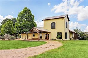 139 Blossom Hill Road, Round Top, TX 78954