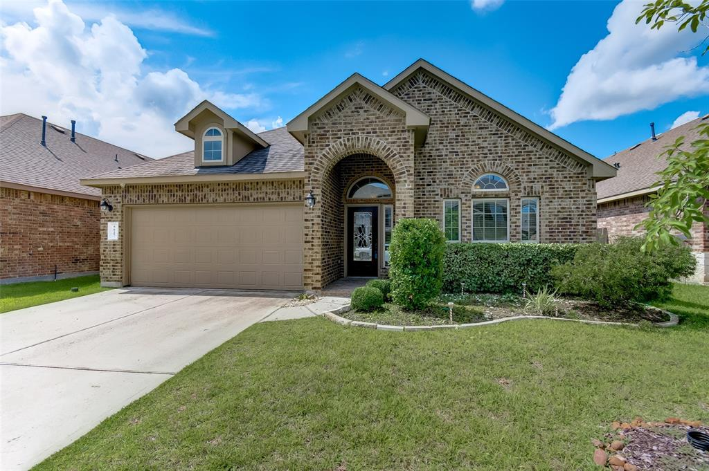 Great location! Beautiful floor plan in a wonderful community at Hampton Creek, granite kitchen counter, covered back patio, full stainless appliances package, hard wood on the study. Ready for move in! Refrigerator, washer & dryer included.