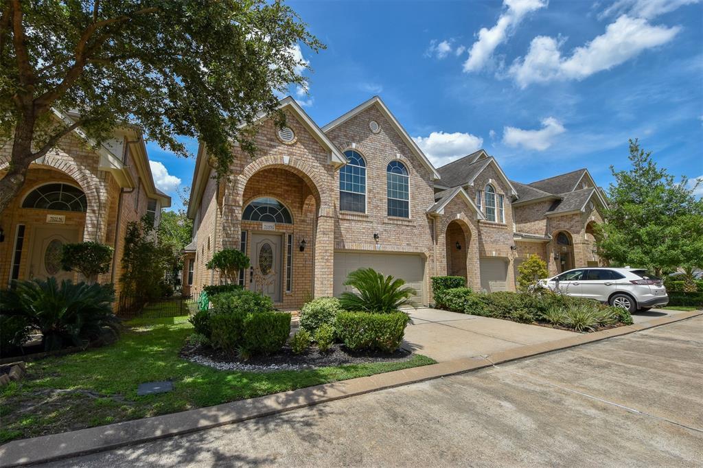 7518 N Linpar Court, Houston, TX 77040