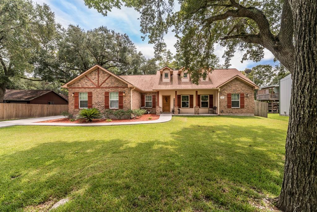 15531 Maple Street, Santa Fe, TX 77517
