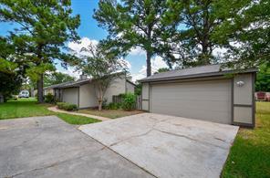 9024 Kerrwood Lane, Houston, TX 77080
