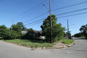 1202 bayou street, houston, TX 77020