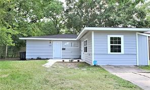 4922 pershing street, houston, TX 77033