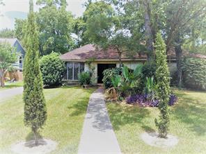 1915 Pine River Drive, Houston, TX 77339