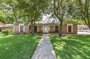 214 Raintree, Lake Jackson, TX, 77566