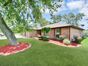 727 Cindy Lane, Cove, TX 77523