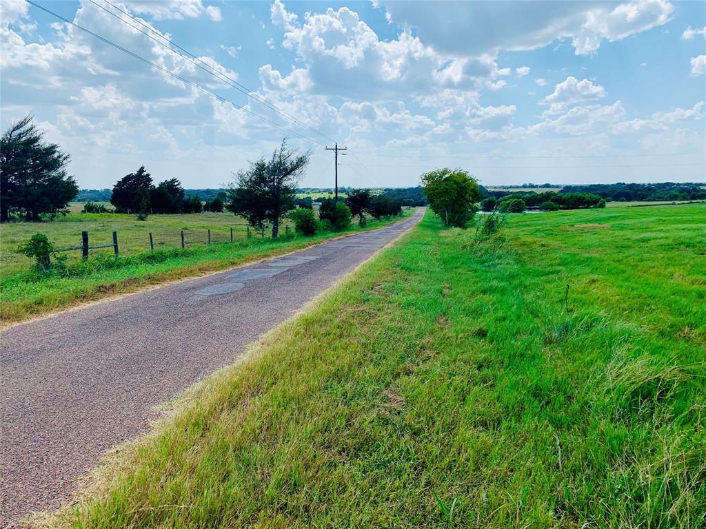 1543 Hertel Road, Schulenburg, TX 78956
