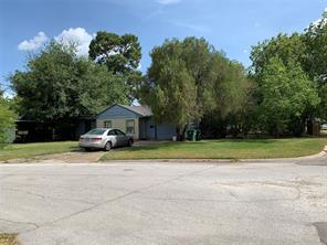5921 Carew, Houston TX 77074