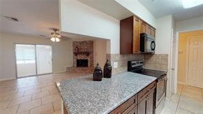 350 Sandy Ridge, Livingston, TX 77351