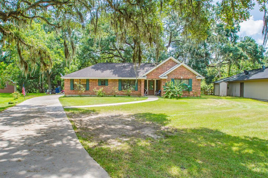 7553 County Road 684d, Sweeny, TX 77480
