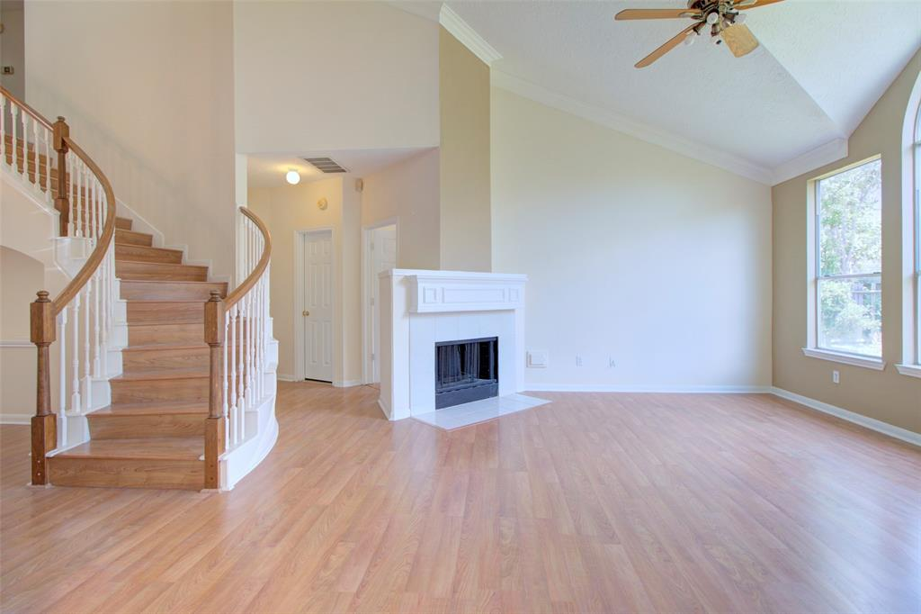 12211 Meadow Park Court, Meadows Place, TX 77477