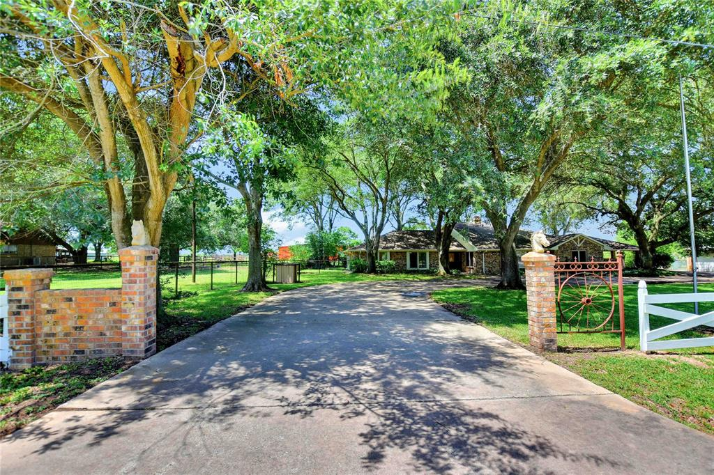 31514 Charter Lane, Waller, TX 77489