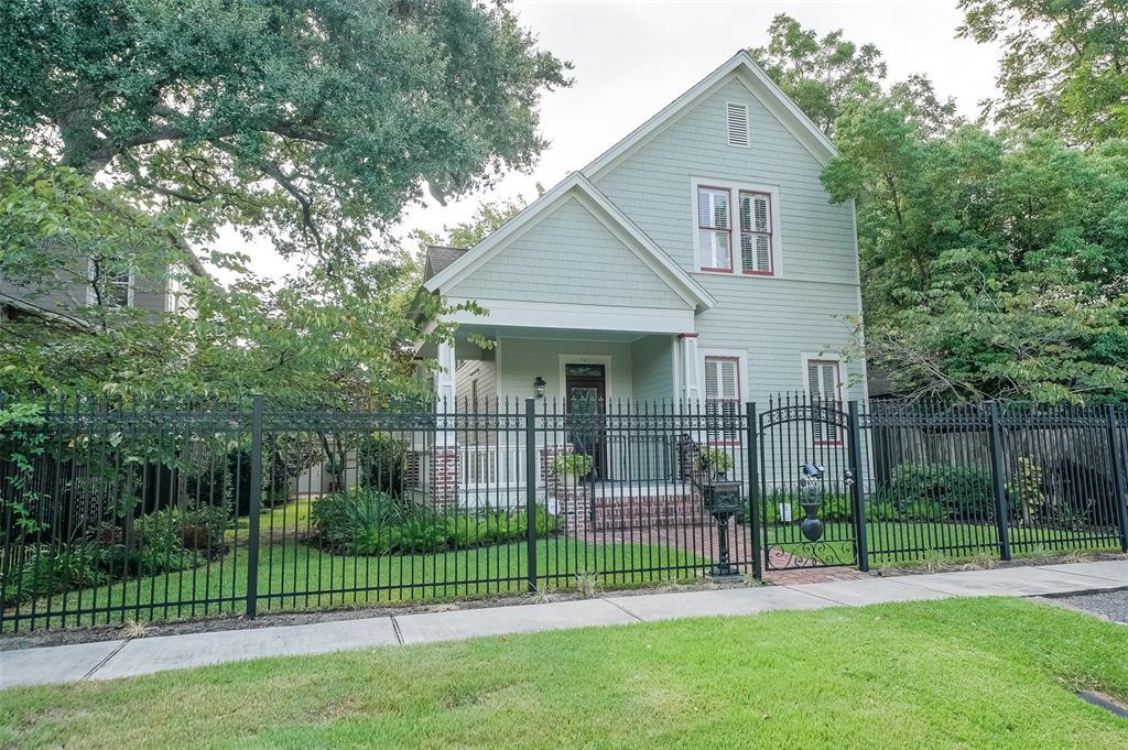 942 Ashland Street, Houston, TX 77008