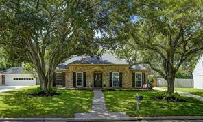 12411 honeywood trail, houston, TX 77077