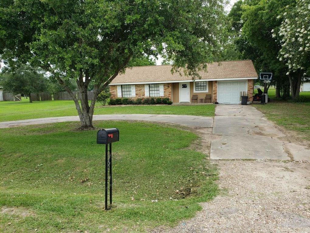 15126 County Road 602, Danbury, TX 77534