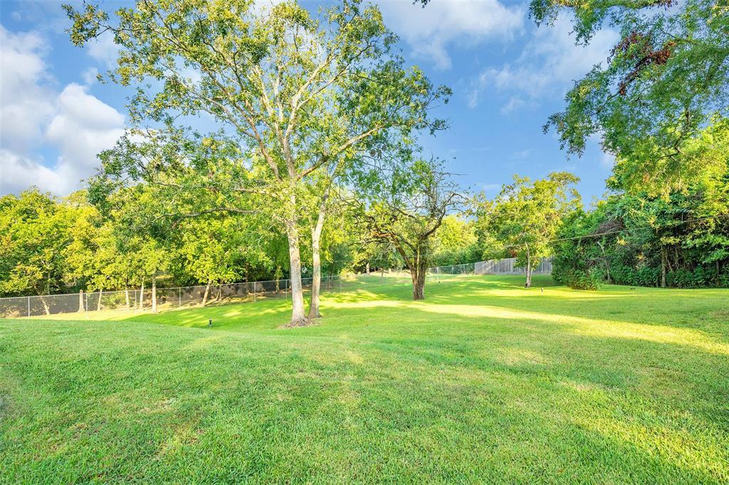 1403 Magnolia Bend