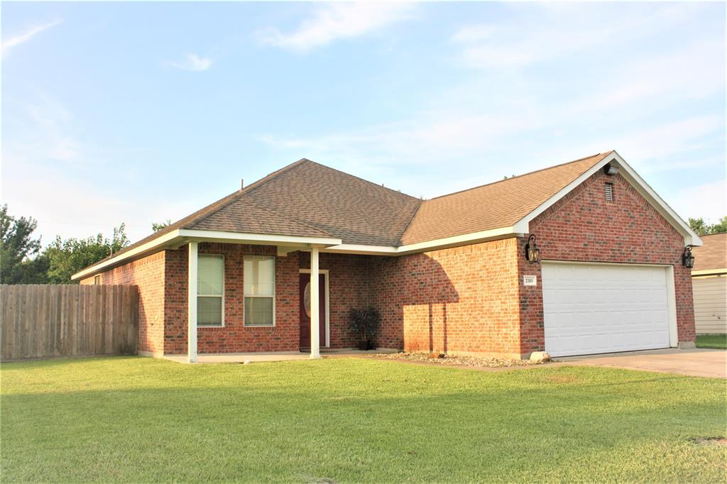 2203 Tracy Lane, Highlands, TX 77562