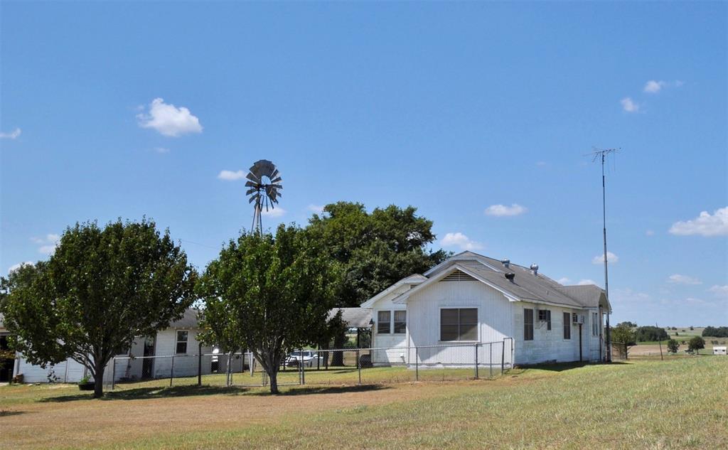 2406 FM 956, Freyburg, TX 78956