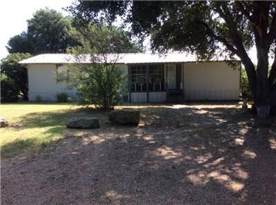 1344 County Road 401, Dime Box, TX 77853