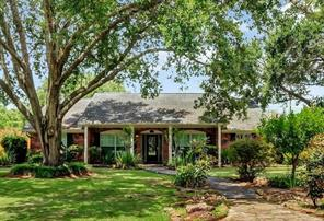 3902 Shadycrest Drive, Pearland, TX 77581