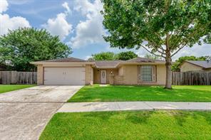 1011 Kensington Drive, Pearland, TX 77584