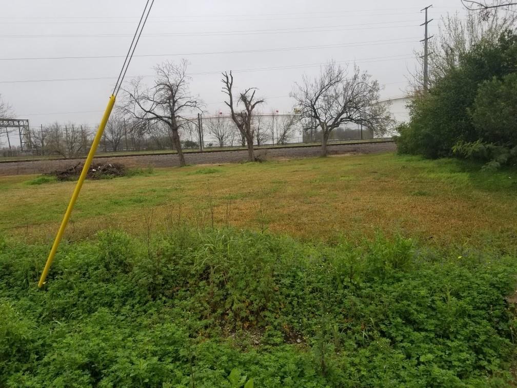 00 Lawndale, Houston, TX 77012