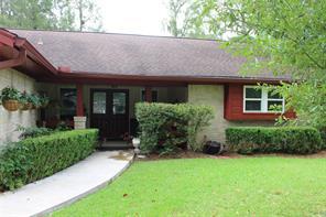 216 Oak Manor Drive, Alvin, TX 77511