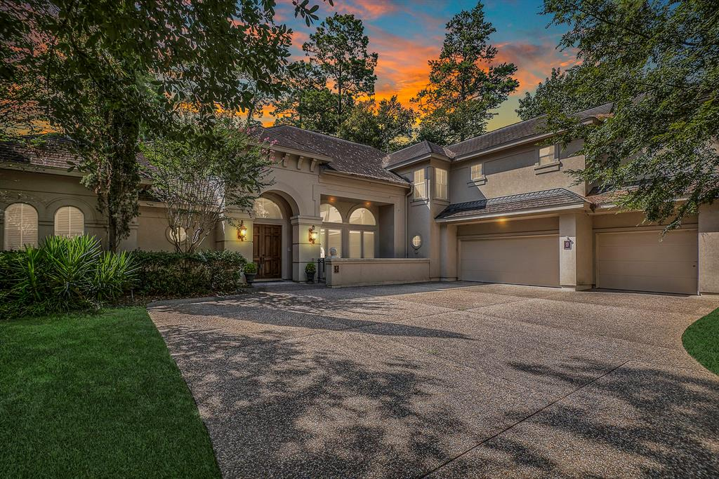 Beautiful Jeff Paul Custom Home located on a private cul-de-sac lot within the highly-coveted Waterford Bend neighborhood. Situated on the Palmer Deacon Golf Course with an exquisite view of the green and the third hole of the course. Elevated ceilings. Formal Dining, Formal Living, Family Room, Climatized Wine Cellar and Wet Bar. Two Bedrooms on the main level, including a spacious Master Bedroom Suite. Master Bathroom is your own personal oasis and is equipped with an enormous walk-in closet. The kitchen features large island & sitting, granite counters, s/s appliances, tile backsplash, etc. Upstairs has a Game Room, a Media Room and two Bedrooms with Baths. There are two covered patios along with an Outdoor Kitchen and Pool. The home is within walking distance to the exemplary Galatas elementary, parks and ponds. Home is situated on one of the highest points in the neighborhood and remained high and dry during Harvey.