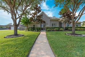 11803 crescent bluff drive, pearland, TX 77584