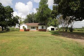 227 County Road 231, Wharton TX 77488