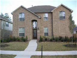 Lovely spacious 2 story with Master Bedroom down and 4 bedrooms up plus gameroom.  Fenced rear yard, granite counters, hardwood floors in the main living area with kitchen open to family room.  Walking distance to elementary schools, close to shopping and medical. See today ...