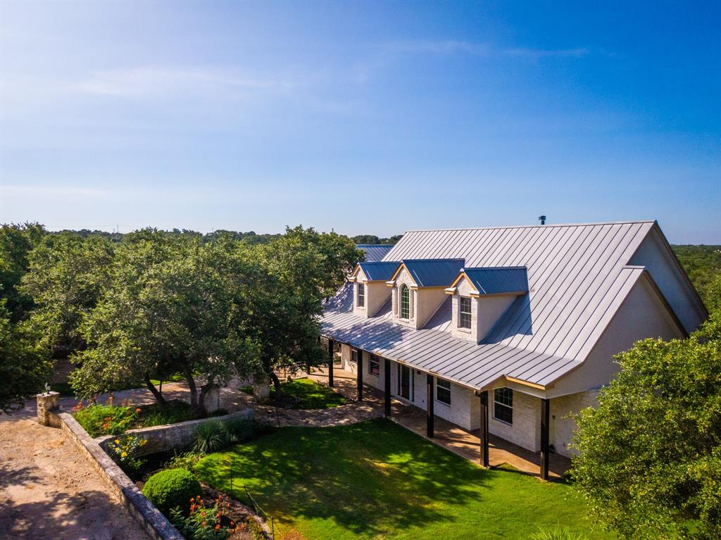 385 Lone Creek Circle, New Braunfels, TX 78132