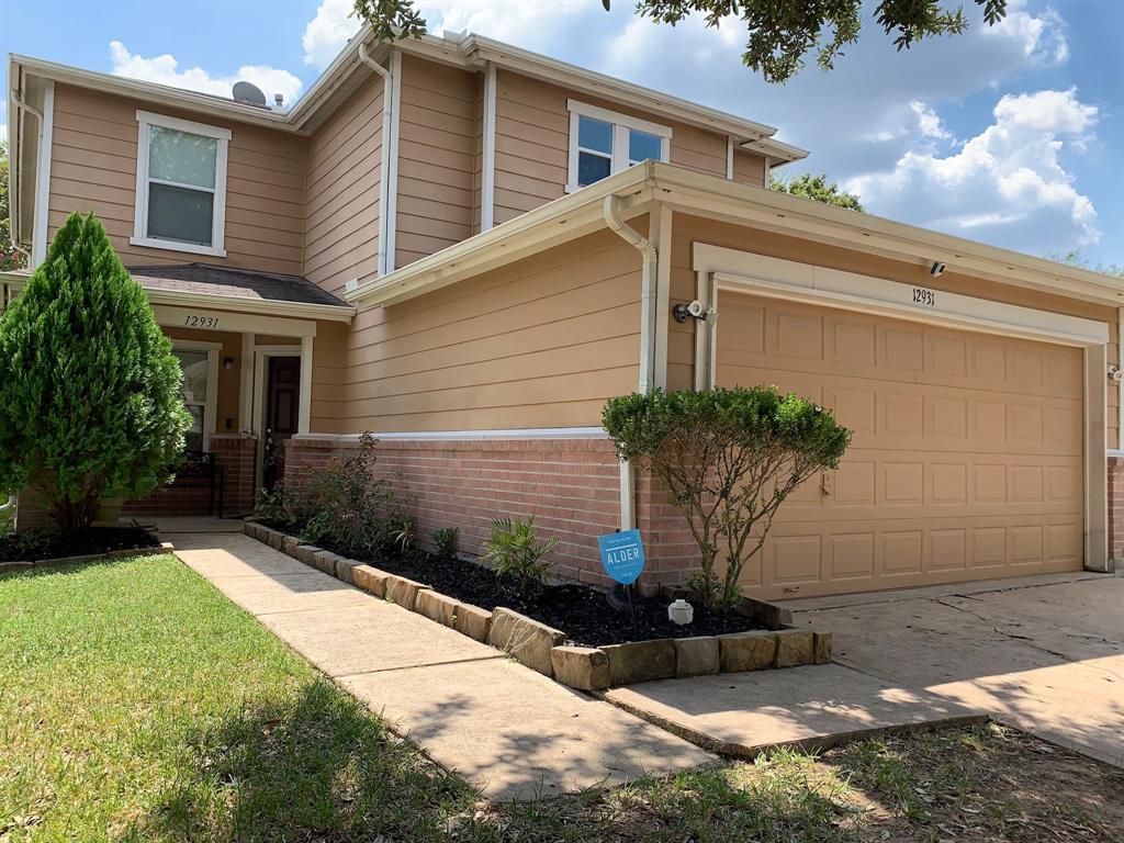 12931 Pale Ivy Lane, Houston, TX 77072