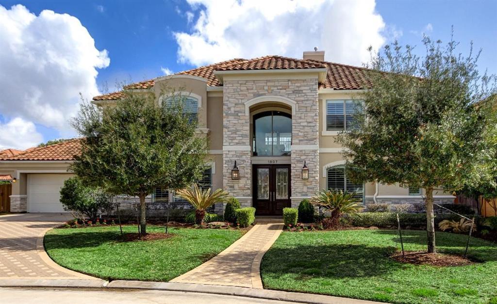 1807 LAKE MEADOWS COURT, Houston, TX 77077