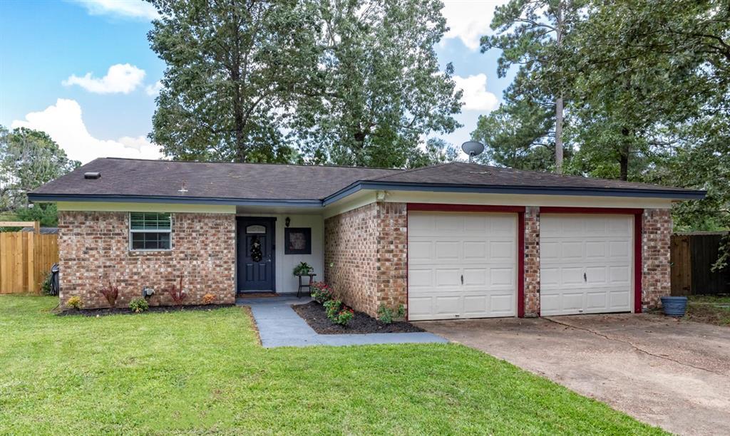 119 Wood Manor Lane, Sour Lake, TX 77659