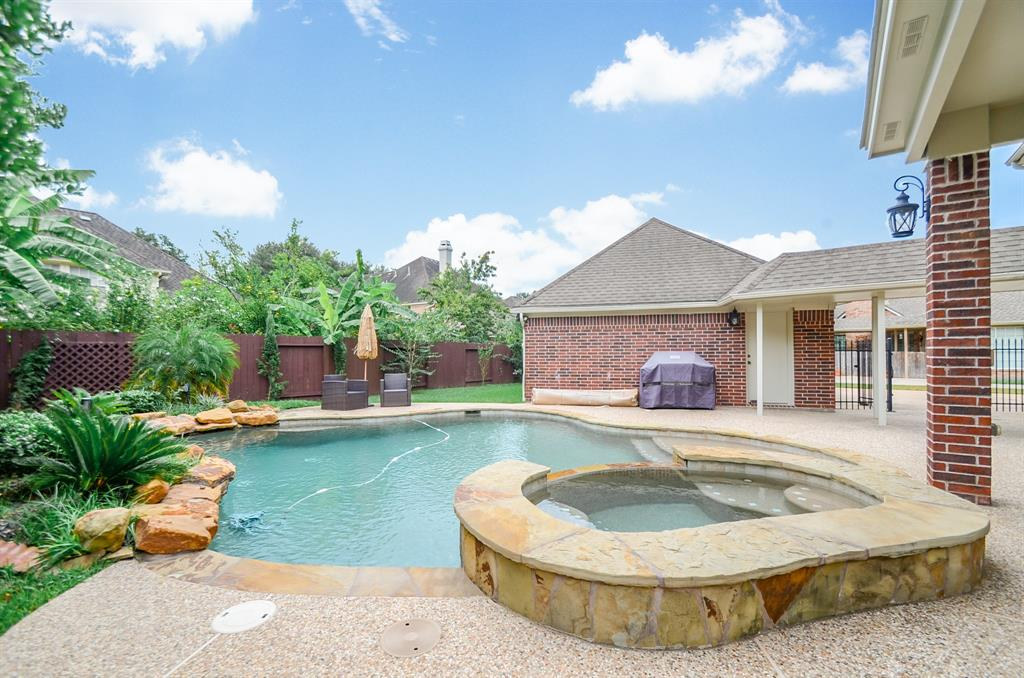 **HOME DID NOT FLOOD** POOL & SPA perfect for relaxing and entertaining!  Beautiful 4 Bedroom/3.5 Bath with study & game-room. Home has countless updates & has been meticulously maintained. Kitchen updates w/stainless steel appliances. First floor has hand-scraped hardwood & tile throughout. Masterbath updated with seamless shower and granite countertops. New Lennox High-Efficiency Furnace/A/C units.