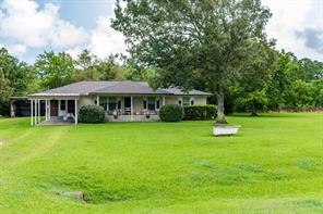 302 Channelview, Anahuac TX 77514